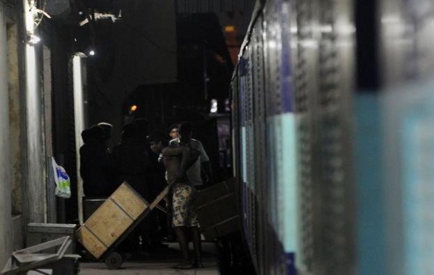 Para vagonunun hemen arkasındaki vagonda 15 polis koruma görevi yapmaktaydı.