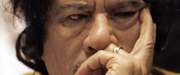 Fransa Kaddafi'nin üstünü çizdi