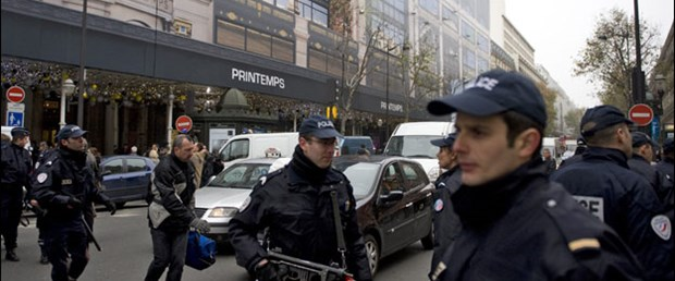 Fransa'da bomba paniği