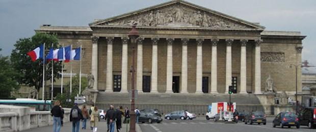 Fransa'nın tarihi kararı bekleniyor