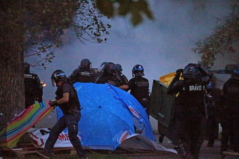 G7 Zirvesi öncesinde 17 gözaltı, 4 yaralı