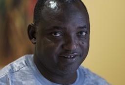Gambiya'nın seçilmiş başkanı Adama Barrow