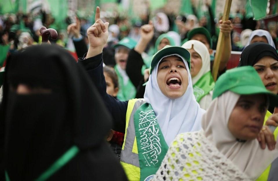 Gazze'de 'zafer gösterisi' günü