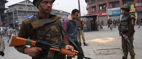Gerillalar 73 askeri öldürdü