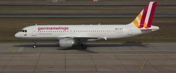 germanwings-lufthansa-uçak-düştü240315