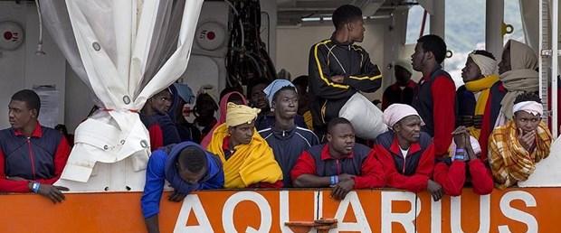 italya göçmen.jpg