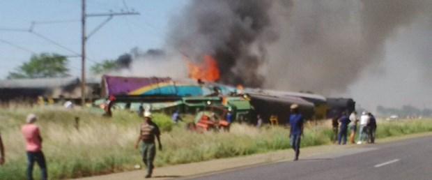 güney afrika tren kaza040118.jpg