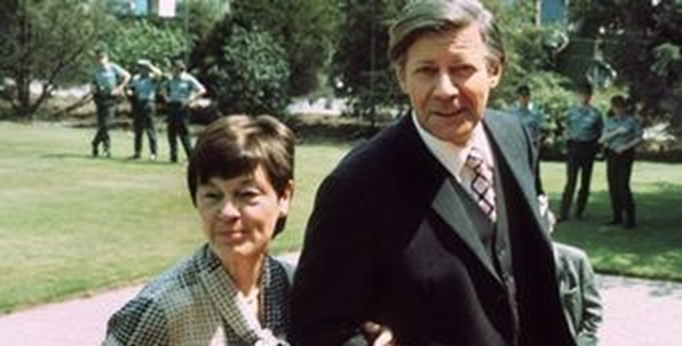 Helmut Schmidt ve eşi
