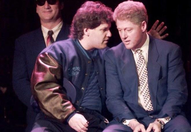 Roger Clinton, ABD eski Başkanı kardeşi Bill Clinton'la birlikte