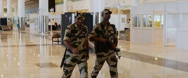 india polica.jpg
