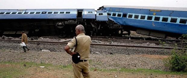 tren-kaaza-hindistan.jpg