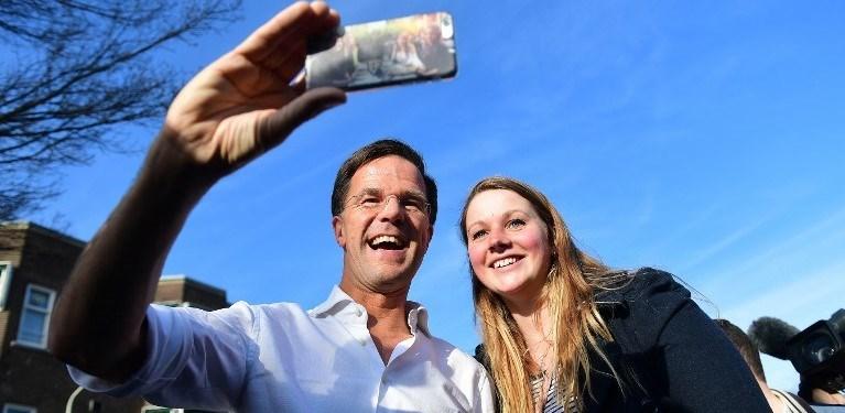 Hollanda Başbakanı Mark Rutte Türkiye'den özür dilemeyeceğini açıkladı.
