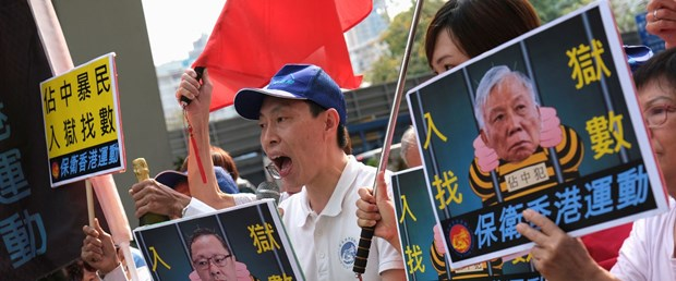 hong kong şemsiye devrimi