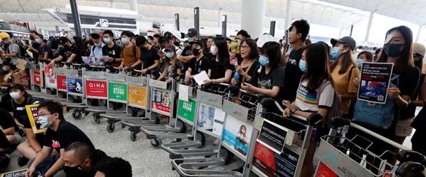 2019-08-13T073918Z_191469402_RC166906EF20_RTRMADP_3_HONGKONG-PROTESTS.JPG
