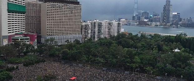 hong kong çin abd protesto ekonomi190819.jpg