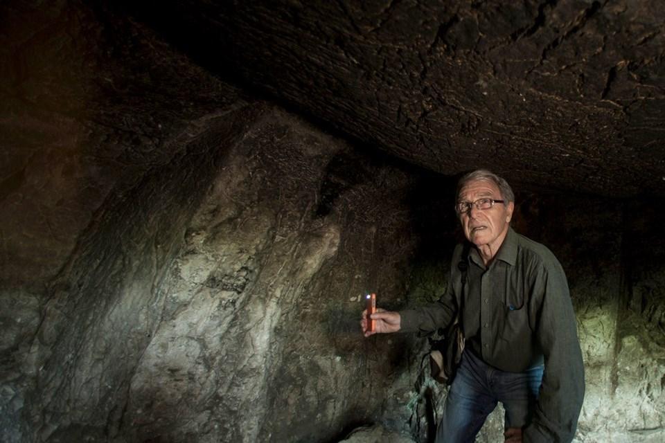 İsrailli arkeolog Aryeh Shimron'a göre Hz.İsa ve ailesinin mezarı Kudüs'ün doğusundaki Talpiot Mezarlığı'nda bulunuyor.