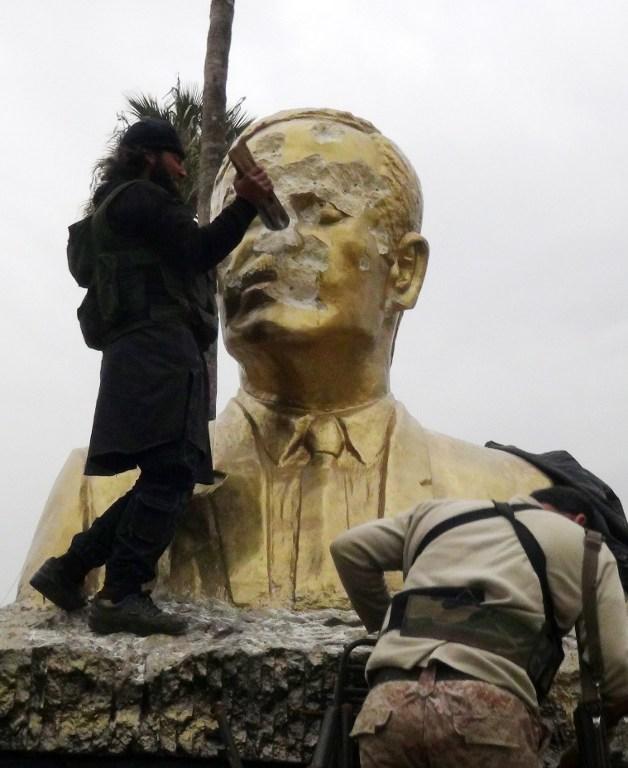 Esad rejimine iki yıl sonra en ağır darbe