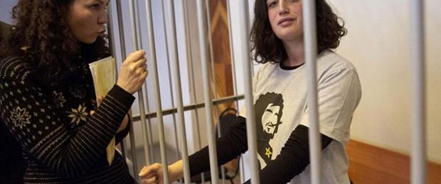 İki Greenpeace eylemcisi serbest