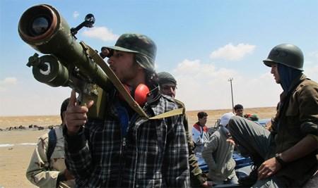 Suriyeli muhaliflere Suudi Arabistan'ın Fransa ve Belçika yapımı uçaksavar füzeleri gönderdiği iddia ediliyor.