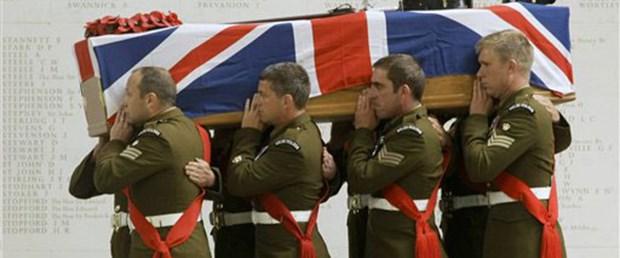 İngiliz ordusunun kara günü: 8 asker öldü