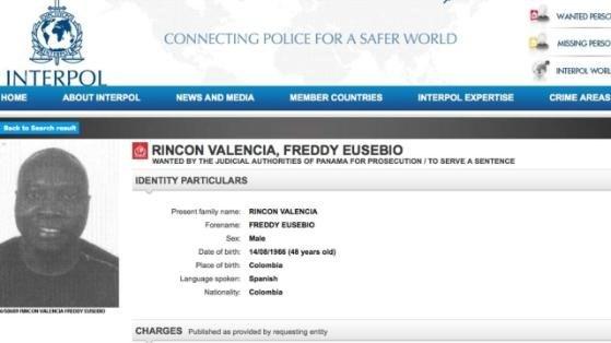 46 yaşındaki Freddy Rincon hakkındaki yakalama emri Interpol'ün sayfasında yer alıyor.