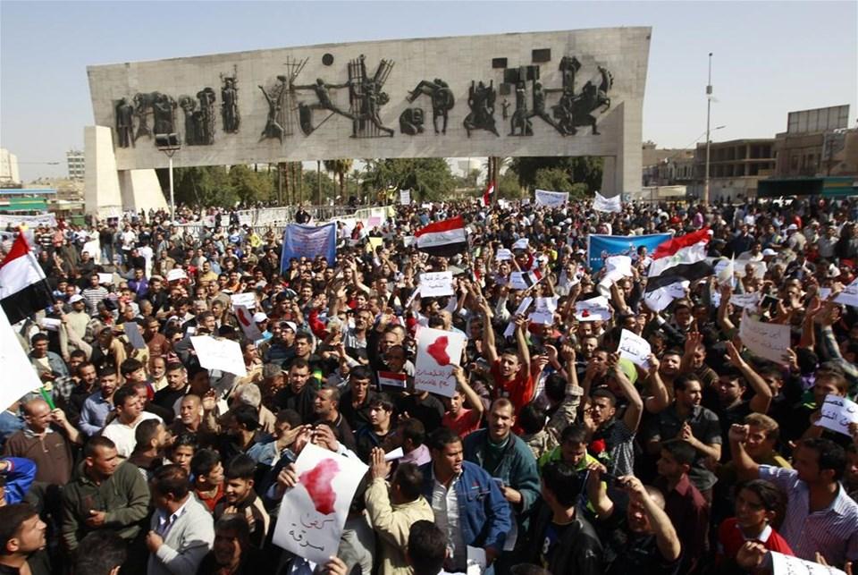 Irak'ta öfke Cuma'sı