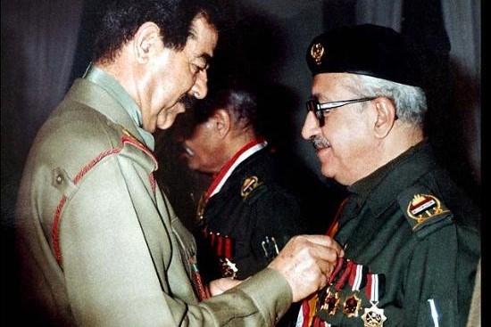 Tarık Aziz, Saddam Hüseyin döneminde üst düzey görevlere gelebilen tek Hristiyan olarak biliniyordu.