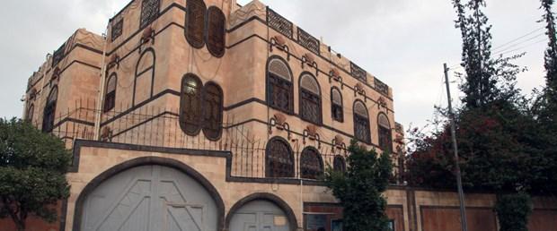 yemen iran büyükelçilik suudi arabistan070116.jpg