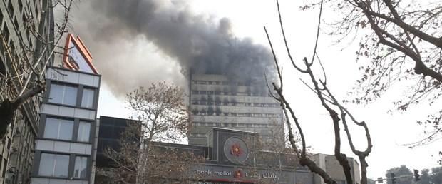 iran tahran yangın bina190117.jpg