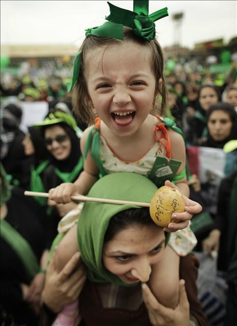 İran'da Musavi coşkusu