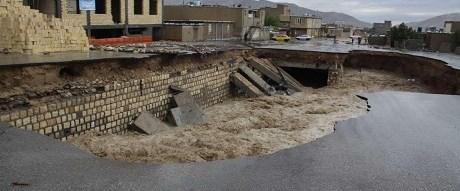 iran-sel-yağmur301015.jpg