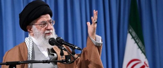 hamaney iran petrol240419.jpg