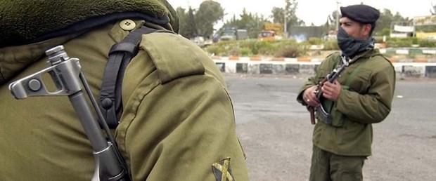 iran asker.jpg