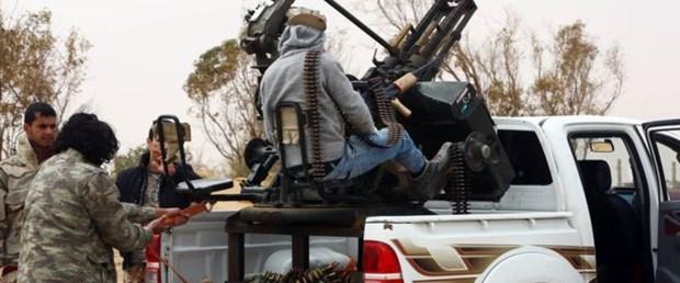 IŞİD libya sirte petrol040116.jpg