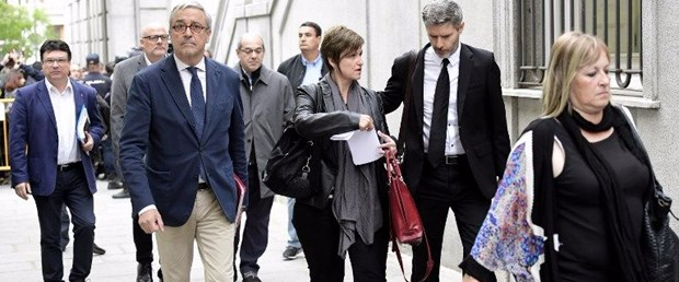 katalonya ispanya politikacı021117.jpg