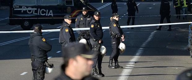 polis ispanya.jpg