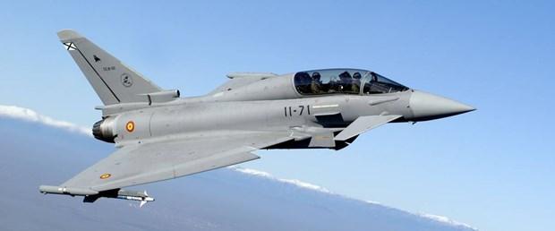 ispanya jet typhoon.jpg