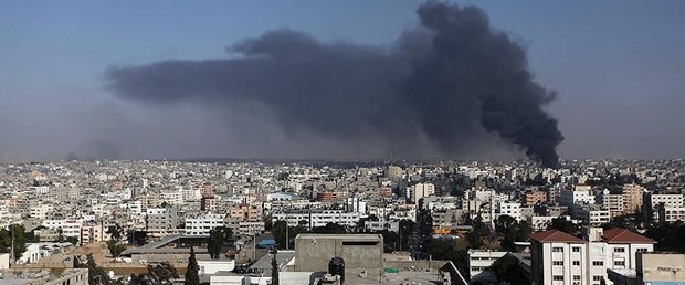 israil gazze sınırı bombalama.jpg