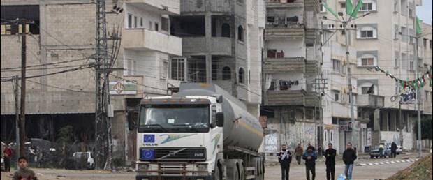 İsrail Gazze'ye kapıları açtı