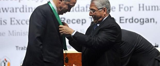 İsrail: Kaddafi'den ödüllü Erdoğan...