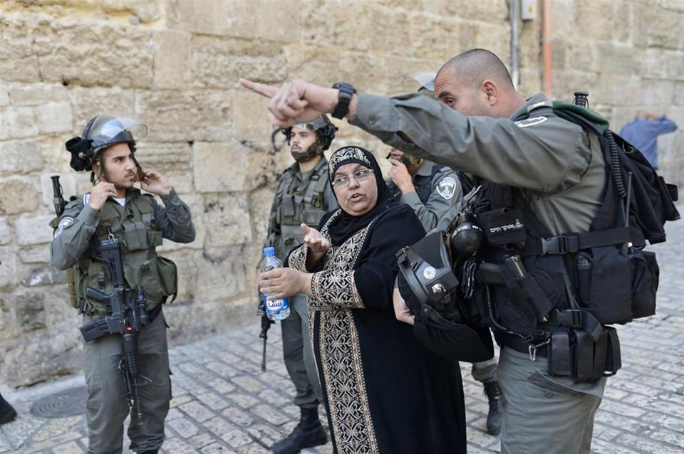 İsrail polisi 47 yıl sonra Mescid-i Aksa'da