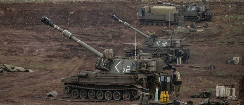 İsrail'in dün de, Suriye'deki hedefleri toplarla vurduğu iddia edilmişti.