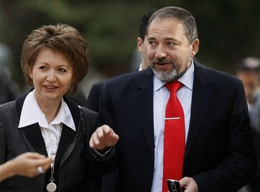 İsrail'in yeni Dışişleri Bakanı Avigdor Lieberman ve eşi Ela