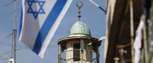 israil filistin ezan yasak111017.jpg