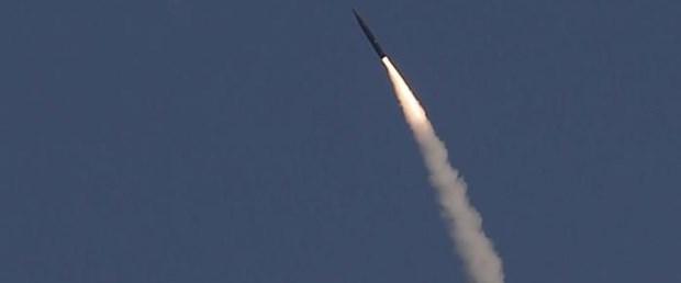israil suriye füze saldırı070218.jpg