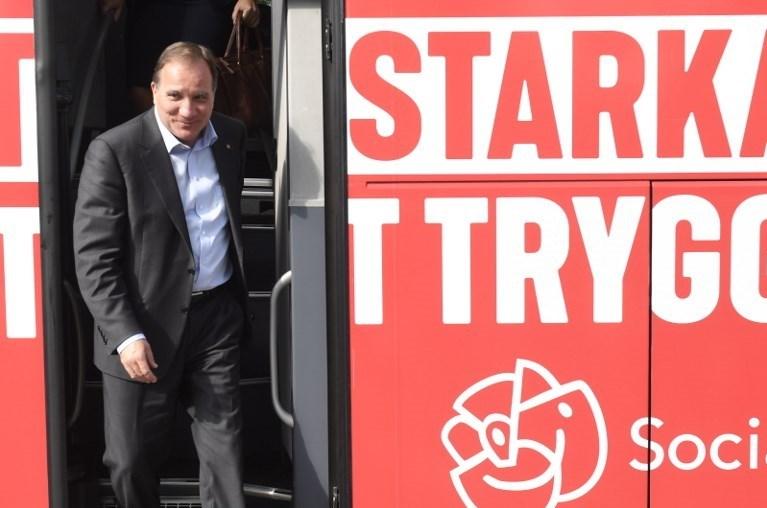 İsveç Başbakanı Stefan Lofven 'i zor günler bekliyor.
