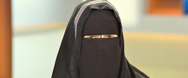 burka isviçre yasak160917.jpg