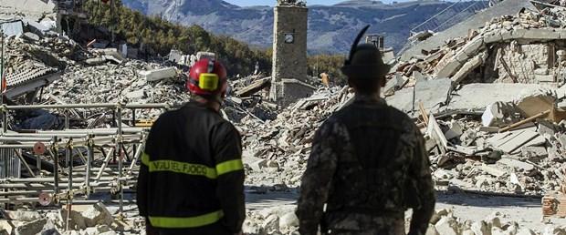 deprem italya180117.jpg