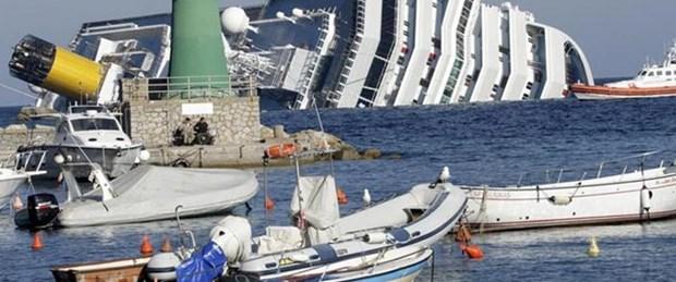 İtalya'da batan gemiden 4 ceset daha çıktı