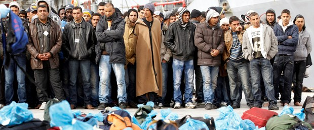 İtalya'da göçmen alarmı